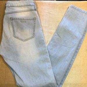 "MNG ""Alice"" Light Wash Skinny Jeans"